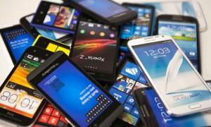 smartphone-ammucchiati